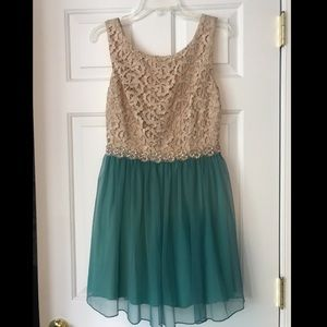 Lace Bodice w. Chiffon Skirt Cocktail Dress
